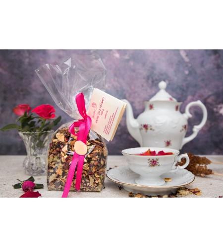 Sadni čaj z vrtnico